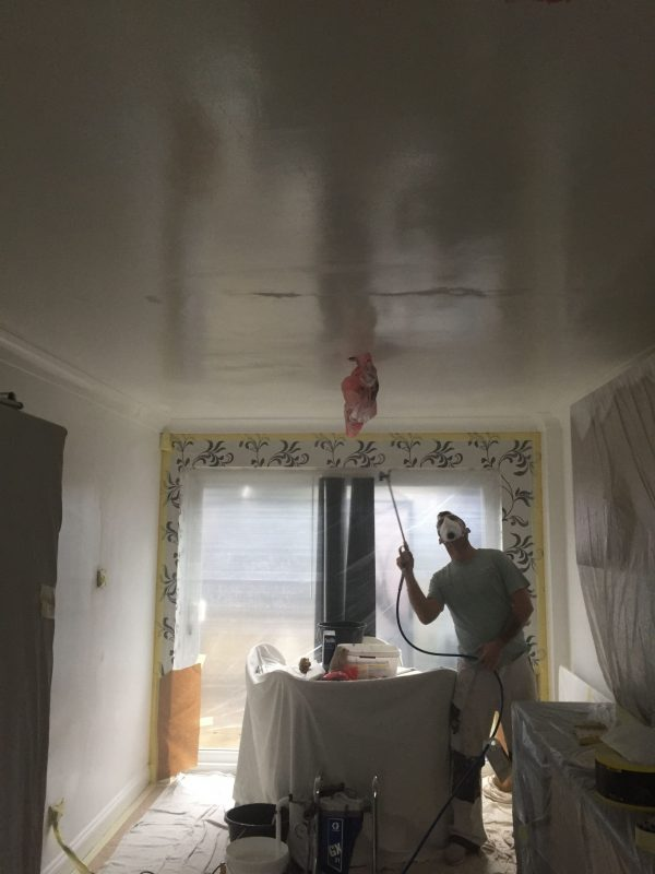 Milton Keynes Painter Decorator Newport Pagnell Handyman Broughton Bletchley Domestic Commercial Painting Decorating Home Office Landlords End of Tenancy
